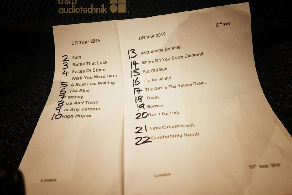 The night's set-list consolidates melodies from Gilmour's fourth solo collection Rattle That Lock and Pink Floyd works of art, going back to before he even joined the band. Space science Domine highlighted on the gathering's first collection, The Piper at the Gates of Dawn, when Syd Barrett was still their guitarist and vocalist.