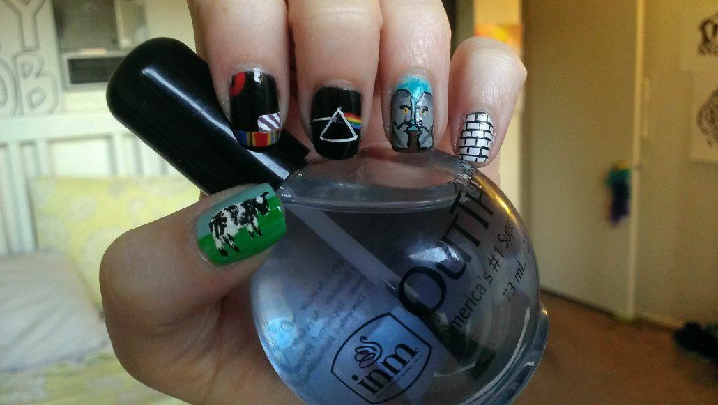 pink-floyd-nail-art 19