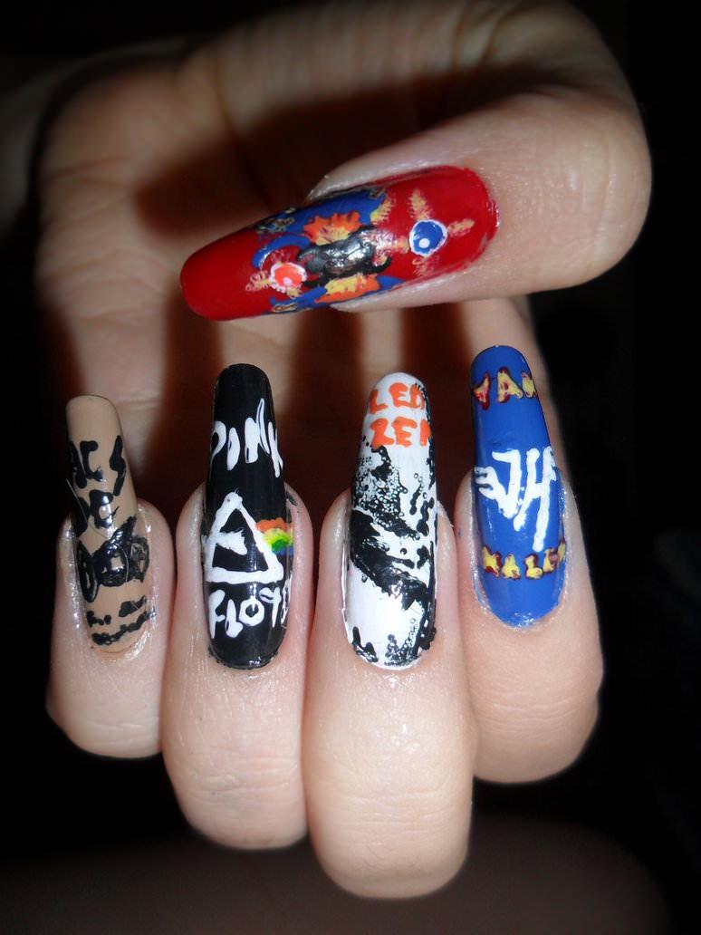 pink-floyd-nail-art 23