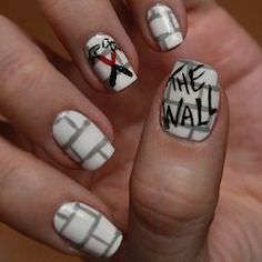 pink-floyd-nail-art 7