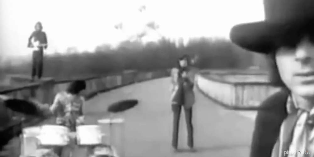 RARE video of Pink Floyd's Paint Box From Apples and Oranges 1967