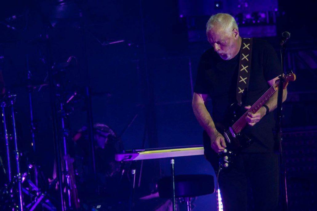 Gilmour-at-pompeii 24