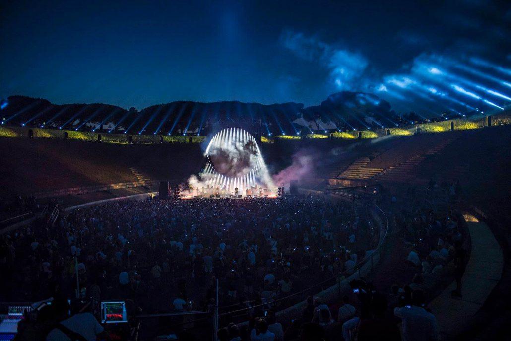 Gilmour-at-pompeii 38