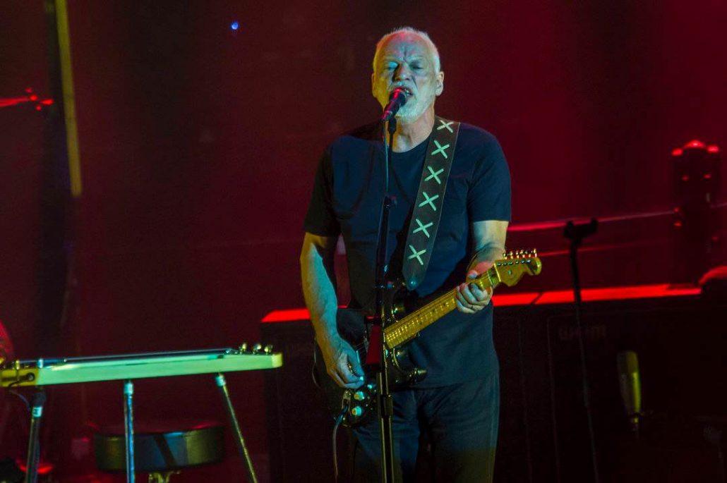 Gilmour-at-pompeii 49