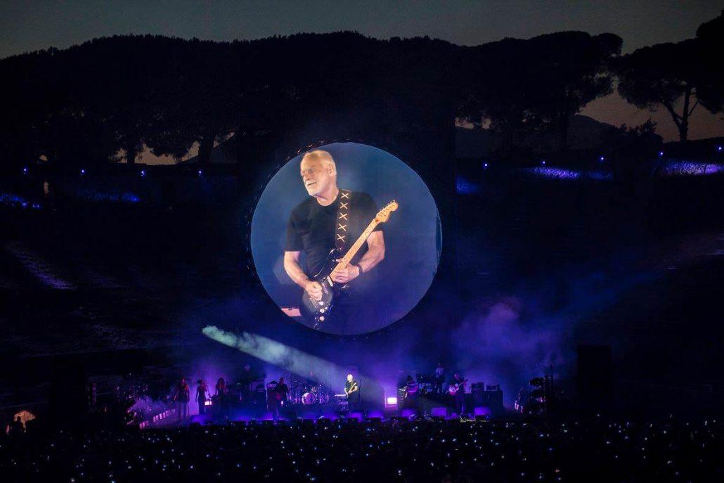 Gilmour-at-pompeii 65