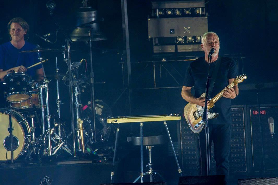 Gilmour-at-pompeii 66
