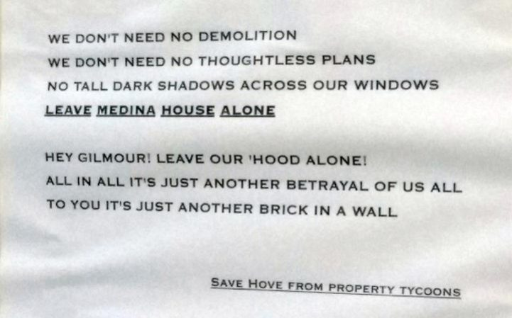 The note left near Dave Gilmour's property