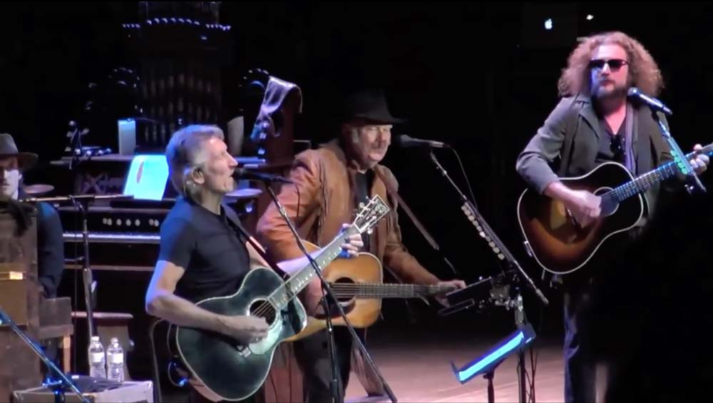 Watch Roger Waters, My Morning Jacket and Neil Young Cover of Bob Dylan